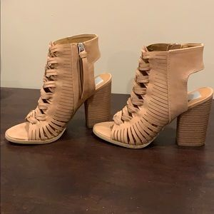 Beautiful Tan color chunky heels. NEVER WORN!!